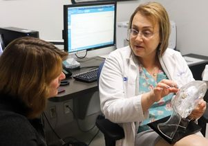 UCLA neurologist Dr. Dawn Eliashiv discusses responsive neurostimulation therapy with patient Sharon Shafer.