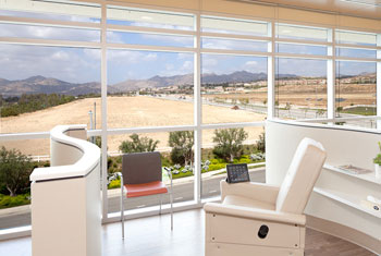UCLA Health Porter Ranch - oncology infusion room, chairs.