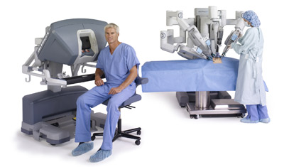 Surgeon_and_Da_Vinci_Robot